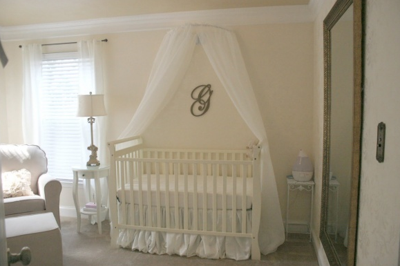 Cuarto de bebe 2 for Diy baby crib canopy