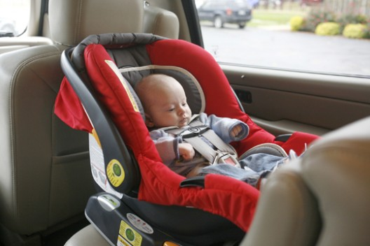 Mundo de mam el uso correcto de la silla de carro o for Asiento de bebe para auto