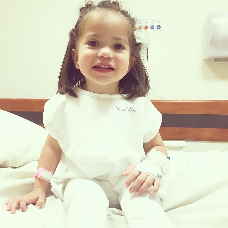 Mi niña, desde que entramos al hospital no le faltaron las risas.