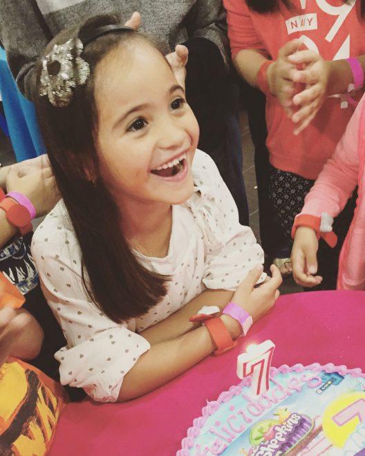Nada se compara con la felicidad de mi hija en el día de su cumpleaños usando el outfit que eligió en EPK.